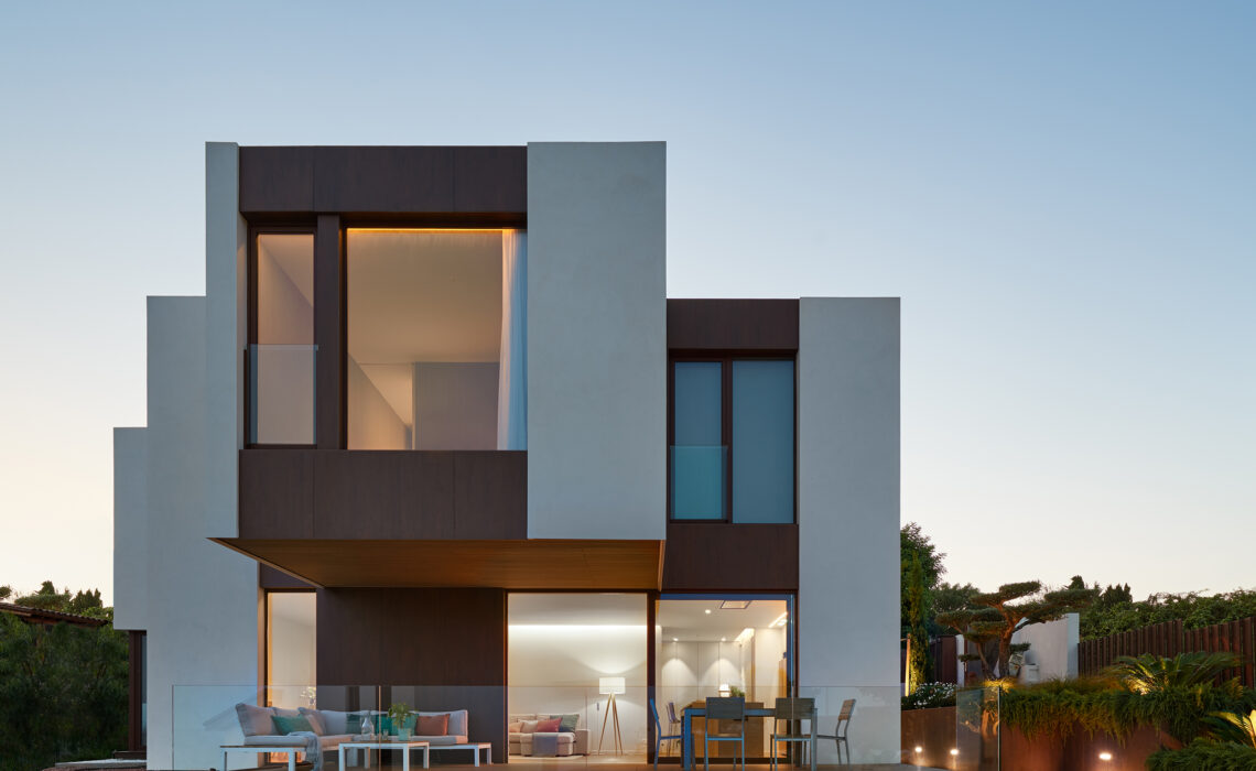 From concept to fruition, modularity provides a solution for the luxury residential sector