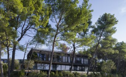 Reconnecting Vacation Guests with Nature through Architecture and Design